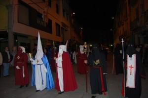 Cofrades de las distintas cofradías de Barbastro. Foto JLP.