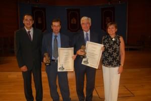 Los galardonados con el alcalde y la concejal de Cultura. Foto JLP.