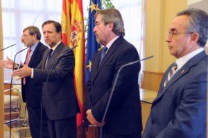 Iglesias junto al secretario de Estado del Deporte, Belloch y Alejandro Blanco. Foto S.E.