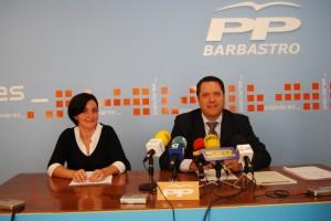 Paqui Olivares y Ángel Solana, concejales del PP de Barbastro. Foto R.S.