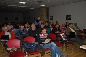 Asistentes al seminario sobre montañismo. Foto JLP.