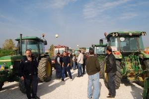 Los tractores en Barbastro. Foto JLP.