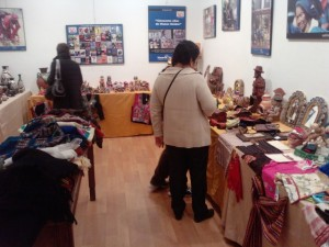 Exposición de Manos Unidas en la Casa de la Cultura de Barbastro. Foto R.S.