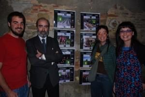 """El alcalde de Huesca junto con los impulsores de """"El Almacén de Ideas"""" y la directora de Ronda Somontano, Estela Puyuelo. Foto JLP."""