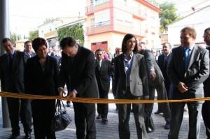Iglesias inaugura el centro social de Pomar. Foto S.E.