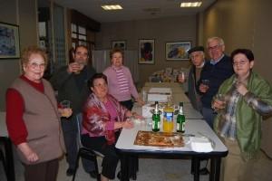 La suerte también repartió euros en el Hogar de Mayores de Monzón. Foto JLP.