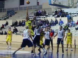 Cosehisa Monzón intentó desgastar dentro. Foto Guillermo Uguet.