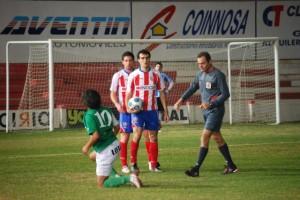 Partido de Copa Federación ante el Noja. Foto JLP.
