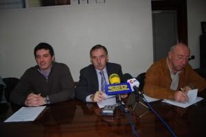 Santiago Santamaría, Jaime Facerías y Paco Lacau. Foto JLP.