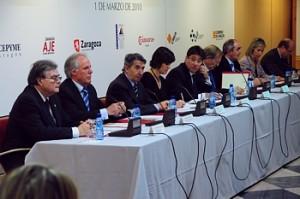 Reunión de entidades económicas y públicas.