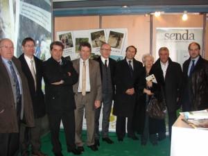 Autoridades y representantes de las cuatro entidades feriales de la Plataforma Eventos Pirineos durante la inauguración del Salón Agrícola de Tarbes. Ixeia Lacau.