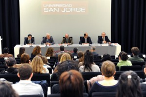 Conferencia en la Universidad de San Jorge.
