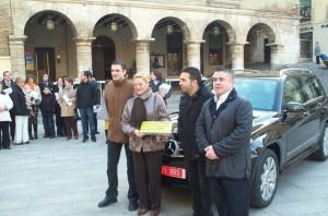 Entrega de 6.000 euros con motivo de la campaña de Navidad.