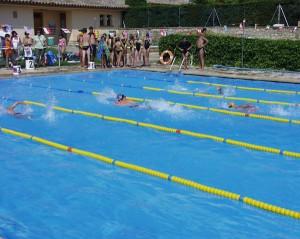 Los nadadores de Monzón en Grañén.
