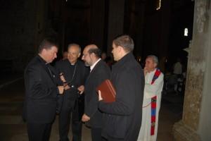 Martínez Campos y Milián a su llegada a la catedral. JLP.