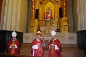 Milián y Martínez en la capilla del beato Florentino. JLP.