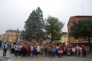 Los participantes posaron antes del inicio de la marcha. JLP.