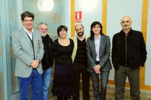 Escritores aragoneses junto a los representantes de la DGA y CAI.
