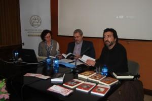 González durante la presentación de la obra. JLP.