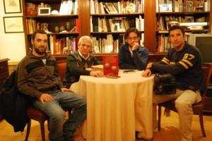El equipo de Cuarto Milenio con Ángel Gari. JLP.