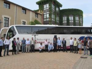 El Bus del Vino en la sede de la D.O. Somontano. JLP.