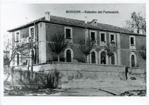 Tarjeta postal de la estación. Archivo CEHIMO.