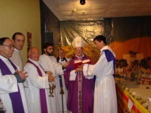 El obispo de Huesca bendijo el Belén. E.A.