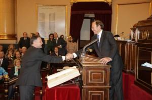 Marcelino Iglesias en la toma de posesión de senador.