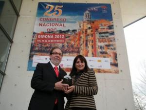Roberto Pac, presidente de TuHuesca y Ninfa de Castelvi, vicepresidenta de OPC Aragón.