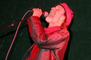 Actuación de Arthur Brown en la edición de San Juan del Flumen 2009 (foto: Jesús Alarcón).