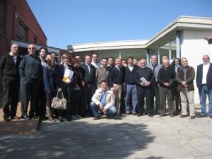 Foto de familia de los asistentes al acto de Binéfar.
