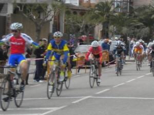 Dani Arnal en el sprint en Calatorao.