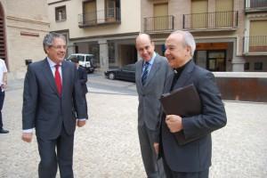 Alfonso Milián junto a Silva y Fernández de Alarcón. JLP.