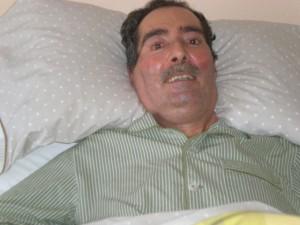 Fernando Abarca con su pijama de rayas. Francisco Lagardera.