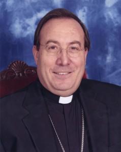 Monseñor Francisco Pérez.