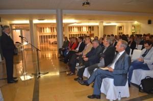 Aliaga en el acto con empresarios en Monzón. JLP.