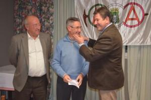 José Masgrau felicita a Pedro Escartín. JLP.
