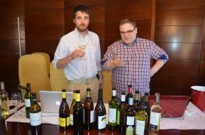 Luengo y Vecilla, catando vinos en la D.O. Somontano. Ronda Somontano.