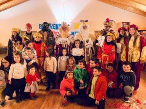 Los Reyes con los niños en Bierge