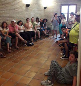 Participantes en el Encuentro, ayer en el Ayuntamiento de Fonz.